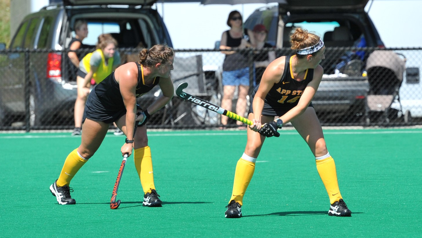 Field Hockey Wins Fourth in a Row, Downs Ball State 3-2