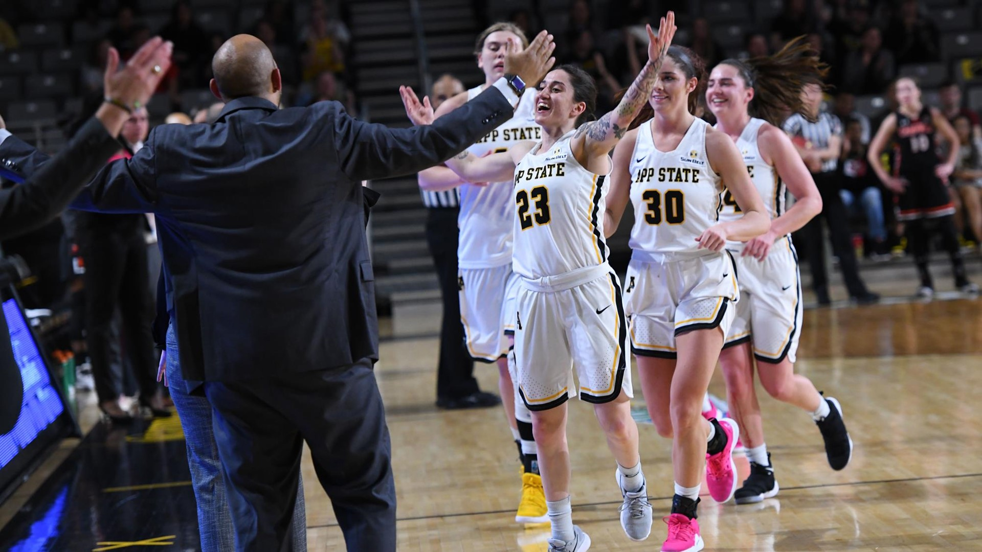 Women S Basketball Sets Its Sights On Wbi Title App State Athletics